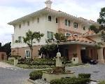 Duchess Crest   5-bedroom townhouse $12,000 rent Oct 1, 1999