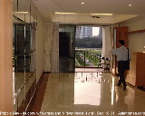 Living area - 2-bedroom, 1378 sq. ft bay views, Lobby E