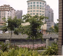 Fraser Place facing Singapore River