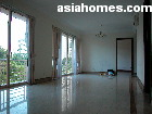Singapore downtown condo - Melrose Park 4-bedroom spacious living dining area