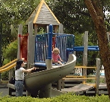 Four Seasons Park: Big playground