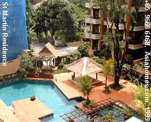 St Martin Residence: Landscaped pool.