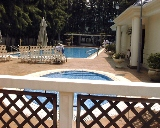 Laguna Green: Big pools with lush greenery and privacy.
