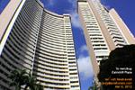 http://www.asiahomes.com/jpg/20120309tn_asiahomes-cairhill-plaza-condos-rental-sale-singapore.jpg